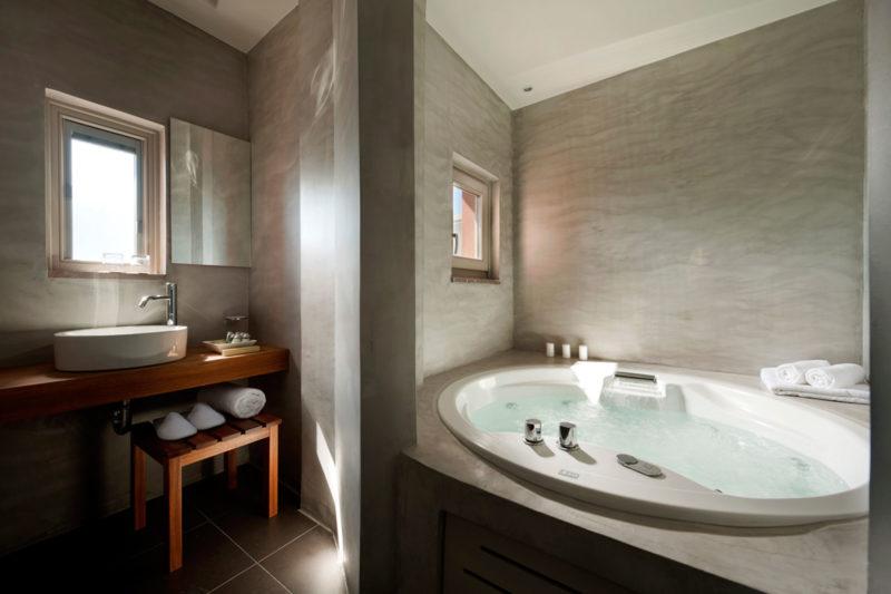 BOUTIQUE HOTEL | SANTORINI | 2011 - 11