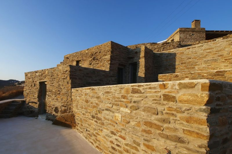 LITHOS_ A refurbishment of an old country house in the island of Tinos, Cyclades - 3
